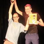 Der erste Doppelsieg in der Geschichte des Puppetry Slams: Burkhard Bering und Marcel Kurzidim