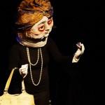 Auch Larissa Jenne war schon mal bei uns - diesmal spielte sie mit Maske - eine Opernsängerin mit Hang zu jungen Männern und Pralinen.